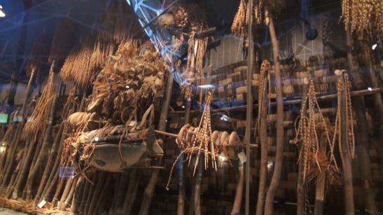 Colección de inau en el Museo de Cultura ainu de Nibutani.